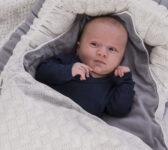 grå babynest + sengetøj 3