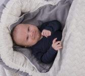 grå babynest + sengetøj 5
