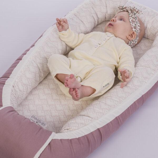 Emmibaby babynest rose økologisk bomuld